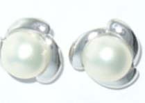 Fashion jewlery only wholesale supply fan shape with white pearl studs earring