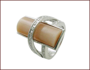 wholesale jewelry distributor supply in fashion gemstone ring
