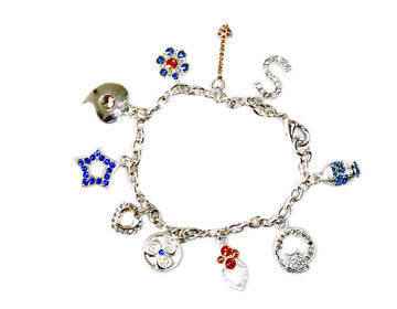 Costume jewelry wholesale supply teen's discount charm bracelet gift